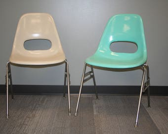 Authentic 1960s Krueger Vintage Mid Century Modern Fiberglass Shell Chairs,  Robins Egg Blue U0026