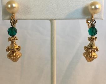 Napier Bead Dangle Earrings, Faux Pearl, Green Bead, Gold Tone Chandelier Beads, Screwback, Clip On, Vintage, 1960s