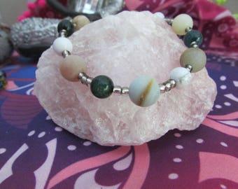 AMAZONITE, TOURMALINE, HOWLITE stone bracelet
