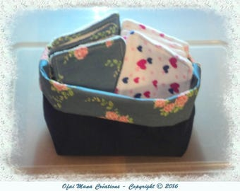 Cleansing wipes and a matching basket - hearts / pink