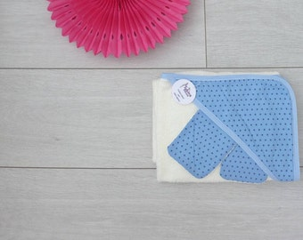 Hooded towel, perfect for the arrival of bebe_ sponge bamboo ecru and fabric starry blue Frou Frou