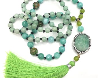 Handmade Genuine Stone / Crystal beaded Necklace with a Emerald Green Quartz Pendant