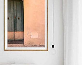 Creative door, press on material choice, minimal