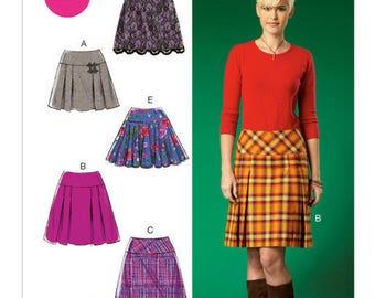 Skirt M7022 Mc Call's sewing pattern