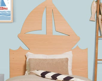 Sailing boat headboard