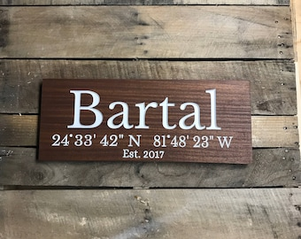 Last Name Sign // Wedding Sign // Family Name Sign For Home // Engraved Sign // Personalized Wooden Sign // Wedding Name Sign // Est Sign