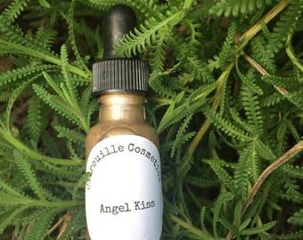 Angel Kiss Liquid Highlighter