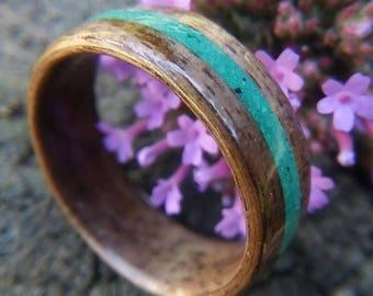 Walnut wood ring with crushed Malachite inlay