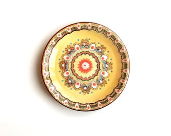 Ceramic Handcrafted Plate with Geometric Pattern |  Vintage Plates | Traditional Handcrafted Plates | Dinner Plates
