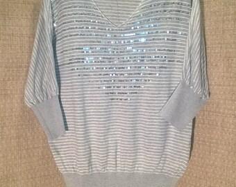 RXB Women's L Gray and White Sweater