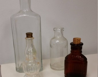 DATING BOTTLES BY THEIR TOPS AND BASES