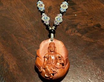 Guanshiyin Buddha macrame pendant necklace