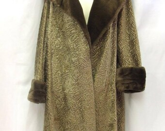 1950s - 1960s Astrakhan Coat - Lamb's Wool - Size 14 - Length 43''