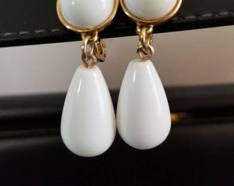Vintage Monet Drop Earrings
