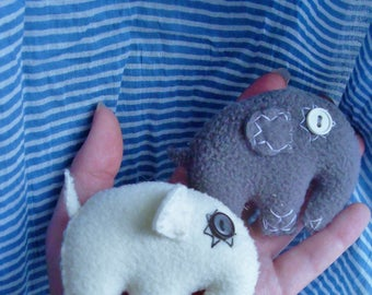 An elephant brooch