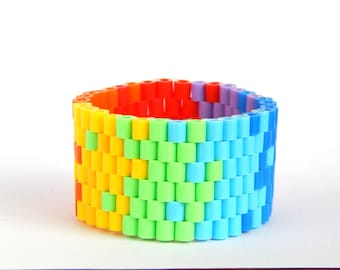 Pretty Fitty - comfortable & waterproof beaded bracelet for trendy sporty look  - rainbow colour attack M