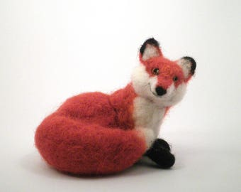 Fox/Red Fox/Needle Felted Fox/Felted Animal/Soft Sculpture/Gift/Wool/OOAK/Natural Fiber/Collectible