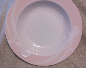 Mikasa Classic Flair Peach Pattern Soup Bowl