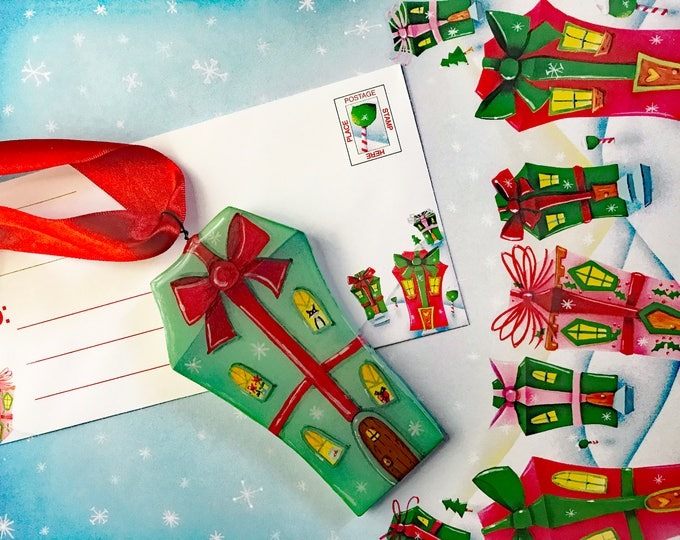 Home for the Holidays Stationery and Ornament   5 pieces of Winter Stationery 5 envelopes  & House Ornament   Holiday Gifts   Valerie Walsh