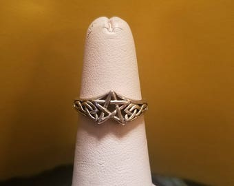 Vintage Sterling Silver Celtic Pentacle Pentagram Ring Size 5 1/2 5.5