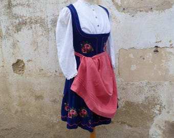 Vintage 1970/70s Tyrol Austria October fest embroidered dirndl dress + white cotton mini blouse  +   apron /size S