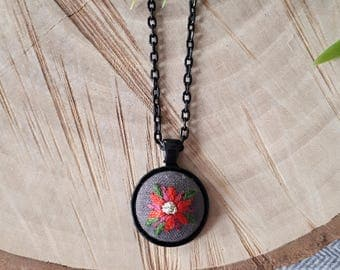Poinsettia Embroidery Pendant Necklace, Christmas Flower Pendant, Red Floral Pendant Necklace, Hand Embroidered Necklace, Christmas Gift