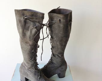 Gray Suede Boots   1970s