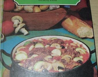 Favorite Recipes of America- Casseroles