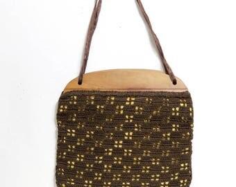 Crochet Hand Bag in Brown Geometric Pattern/ Wood Frame/ Vintage Handmade Crocheted Purse
