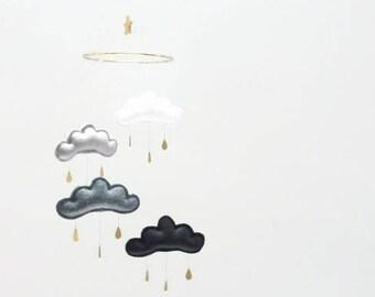 "Star and moon, cloud mobile ""SOKO GOLD""The Butter Flying, White, grey, black nursery, monochrome nursery, nursery decor, gender neutral"