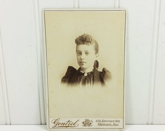 Victorian Young Woman Portrait Cabinet Card 1800's Girl in Black High Collar Gentzel Chicago
