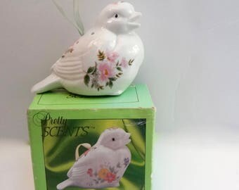 Vintage Bird Pomander Porcelain Never Used Pretty Scents Brand In Original Box 1988 Measures 4.5 inches tall X 4 inches long X 2 inches wide