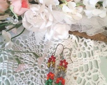 vintage boho earrings, flower earrings, dangle earrings, tiny seed beads, beach jewellery, hippy earrings