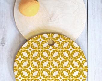Midcentury Modern Geometric Cutting Board // Kitchen // Wood Serving Board // 3 Sizes // Round, Square, Rectangular // Starburst Design