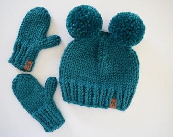 Child's Hat and Mitten Set
