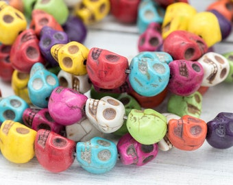 Skull Beads, 13x9x10mm, Mix Color, 30 Beads, Day Of The Dead, Howlite Skull Beads,   Skulls -B108