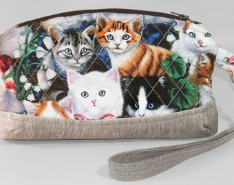 Wristlet cat zippered bag