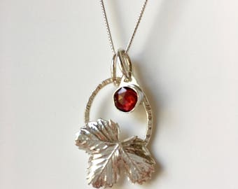 Strawberry necklace with garnet charm, wild strawberry leaf necklace, gardening gift, leaf jewelry, birthstone jewelry, metalsmith jewellery