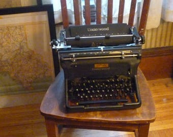 Underwood Standard Typewriter - Fully Restored 1930s Champion model -office machine - new ribbon QWERTY keyboard authors writers reporters