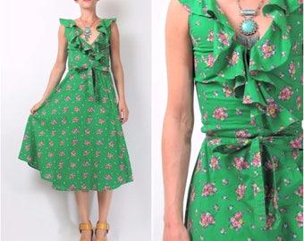 1970s Floral Dress Green Floral Print Dress Ruffle Neckline Flared Skirt Wrap Front Dress Vintage 70s Dress Petites XXS E10075
