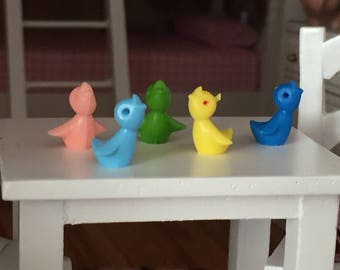 Miniature Chicks, Colored Chicks, Set of 5, Plastic Chicks, Dollhouse Miniature, 1:12 Scale, Dollhouse Decor, Crafts, Embellishments