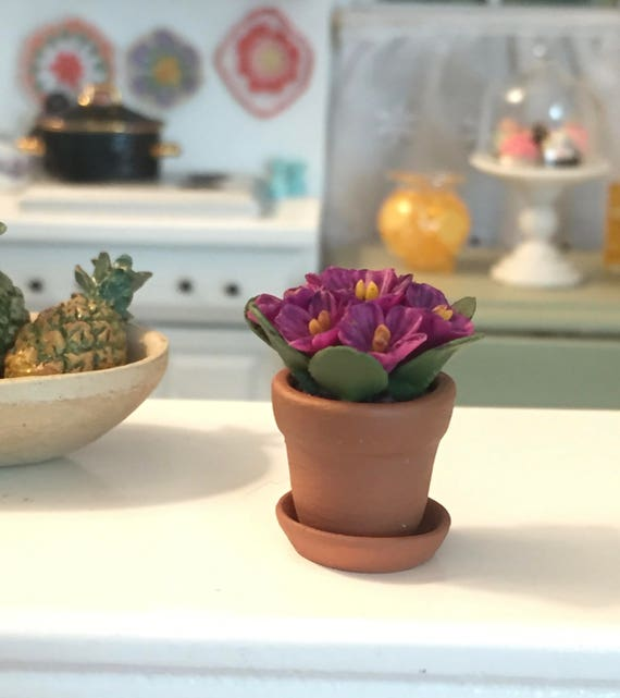 Minature African Violets in Terracotta Flower Pot With Removable Saucer, Style 8129, Dollhouse Miniature, 1:12 Scale, Dollhouse Accessory
