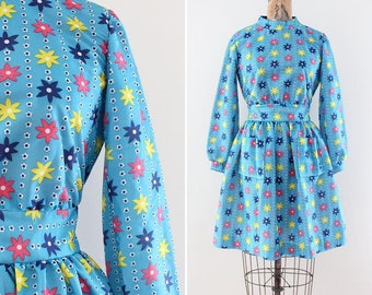 Vintage 1970s Dress Blue Size Small Medium Flower Print Mini Dress Short Dress Long Sleeves Sleeved Mod Go Go Twiggy