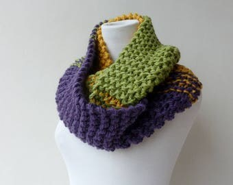 Green Infinity Scarf Purple Cowl Scarf Circle Chunky knit Scarf Colorful