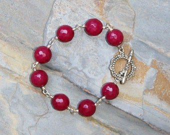 Raspberry Pink Bracelet, Pink Jade Bracelet, Dark Pink Bracelet, Bangle Bracelet, Handmade Bracelet, Beaded Bracelet, Holiday Bracelet