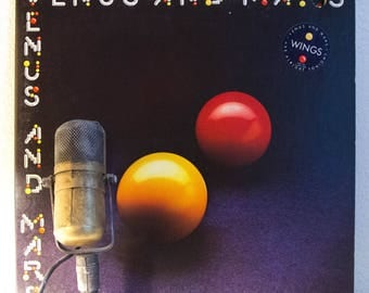 """ON SALE Paul McCartney & Wings Vinyl Record 1970s British Classic Rock and Roll Pop Bass Guitar """"Venus And Mars"""" (1975 Capitol w/""""Rock Show"""""""