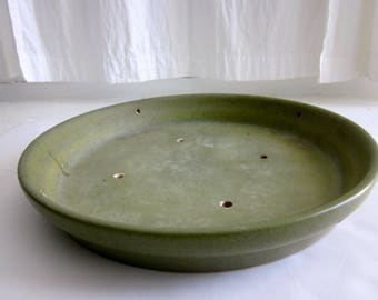 Gainey Ceramics Architectural Pottery Modernist Avocado Olive Green Planter Art Pot Eames Era Pottery La Verne  S 19 saucer plate dish drip