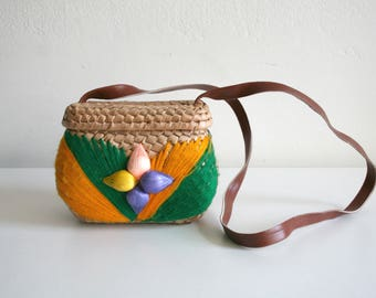 SALE Small Mexican Sisal Embroidered Bag