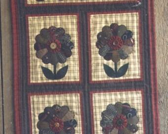 The Dresden Flower Quilt Pattern - Uncut - Q106