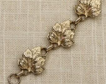 Leaf Vintage Bracelet Gold Chain Costume Jewelry 16S